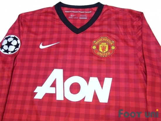 ab59d54a9a1 Manchester United 2012-2013 Home Long Sleeve Shirt  20 van Persie Champions  League Patch Badge  MCU23H20174032