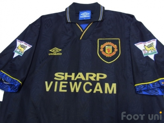 the latest 09f5f 0410d Manchester United 1993-1995 Away Shirt #7 Cantona - Online ...