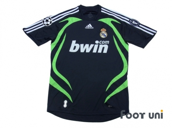 Real Madrid 2007-2008 3RD Shirt Champions League Patch Badge Champions  League Trophy 9 Patch Badge  RMD7830017506  a20803560