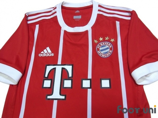 huge discount 0f14c b3881 Bayern Munich 2017-2018 Home Authentic Shirt and Shorts Set