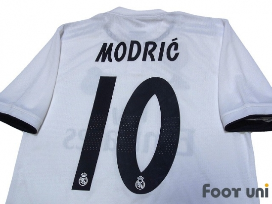 factory price 06ba2 423e4 Real Madrid 2018-2019 Home Authentic Shirts and shorts Set #10 Modric